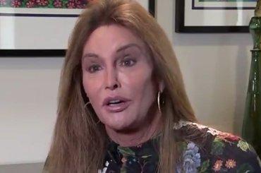Caitlyn Jenner s'è svegliata: 'l'amministrazione TRUMP è la peggiore di sempre per la comunità lgbt'