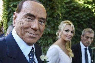 Silvio Berlusconi, 'con i bidet ho insegnato ai libici che anche i preliminari sono importanti'