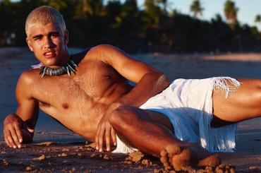 Pietro Baltazar, è nudo il  modello 19enne che fa impazzire il Brasile – gallery