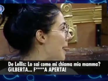 Giulia De Lellis, nuove perle in diretta: 'le tre caravelle? La Nina, la Pinta e la Rossa' – video
