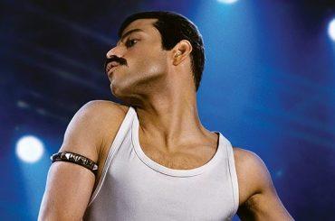 Bohemian Rhapsody, Rami Malek è Freddie Mercury a torso nudo in una nuova foto dal set