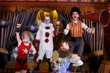 Halloween Vip 2017 – Neil Patrick Harris, David Burtka e figli in versione FREAK SHOW – la foto