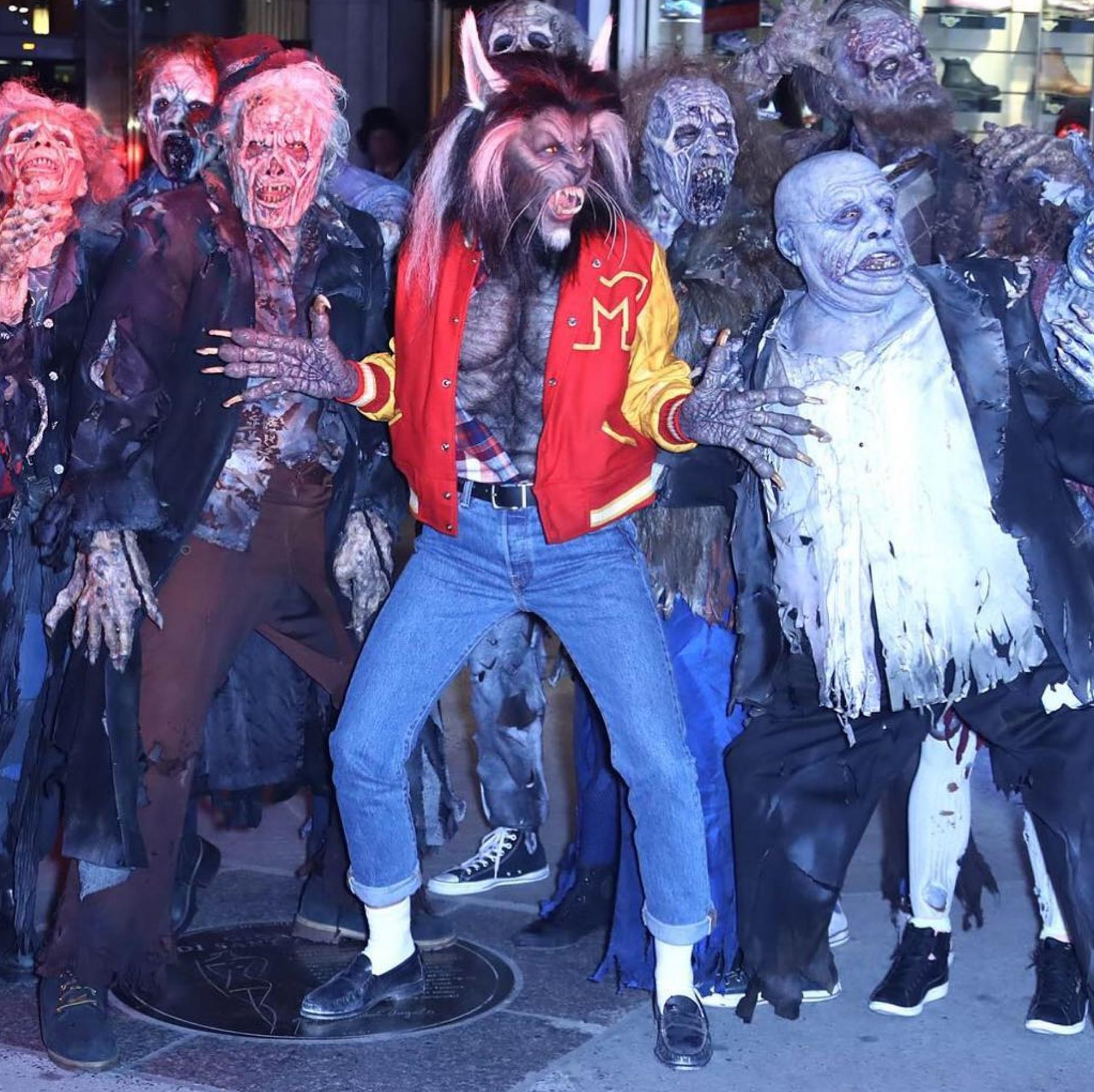 Costume lupo mannaro lupo carnevale halloween o altre feste a tema