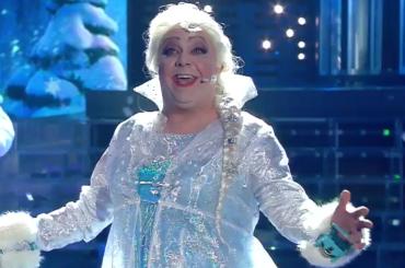Tale e Quale Show, Gabriele Cirilli è ELSA di Frozen – video