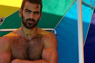 Nyle DiMarco nudo su Instagram, la foto