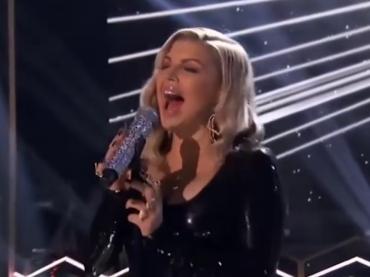 Fergie canta il Natale insieme a Jussie Smollett – i video