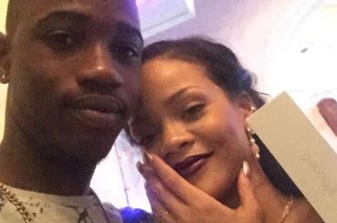 Rihanna piange la morte del cugino ucciso da due colpi di pistola: avevano passato il Natale insieme