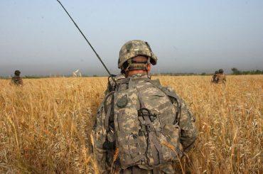 Il Pentagono conferma: 'le persone trans potranno arruolarsi nell'esercito anche nel 2018' – sbugiardato Donald Trump