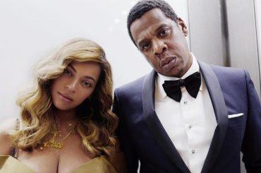 Jay-Z e Beyoncé in posa in ascensore 3 anni dopo l'epica scazzottata con Solange Knowles – foto