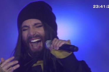 """Conchita Wurst canta """"This Is Me"""" da """"The Greatest Showman"""" – il video"""