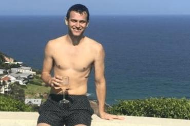 Brandon Flynn, costume Instagram per il nuovo fidanzato di Sam Smith – la foto