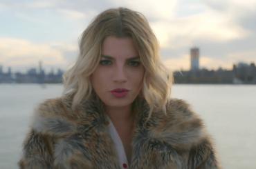 L'Isola  di Emma Marrone,ecco il video ufficiale girato a New York