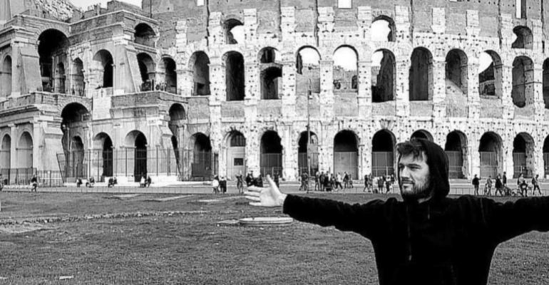 Alex Pettyfer turista a Roma, le foto