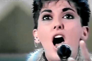 Sanremo 2018, – 23:  omaggio ai brani sottovalutati – Le Voci Di Dentro di Gloria Bonaveri