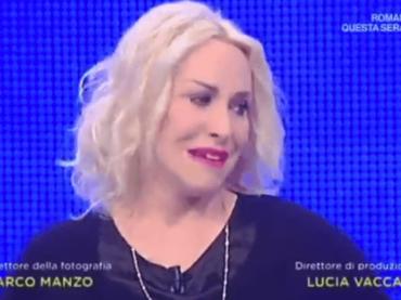 Antonella Clerici, lacrime in diretta per salutare l'amato cane appena scomparso – video