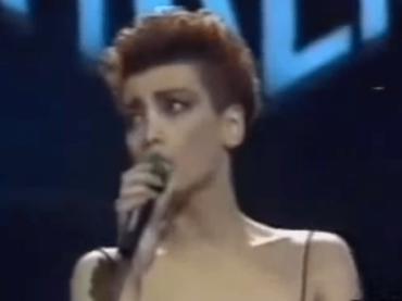 Sanremo 2018, – 18: omaggio ai brani sottovalutati – Una bella canzone di Flavia Fortunato