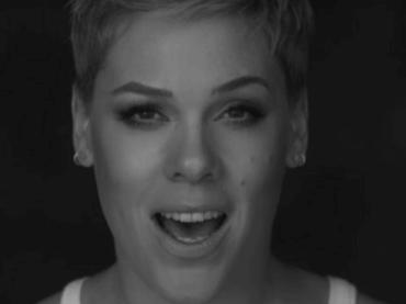 'Wild Hearts Can't Be Broken' di Pink, il video ufficiale