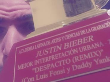 Justin Bieber aspetta il Grammy per Despacito ma le poste lo consegnano a un altro