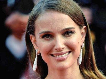 Vox Lux, Sia comporrà tutte le canzoni del film con Natalie Portman  popstar