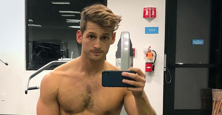 Max Emerson, nuovo nudo Instagram – la foto