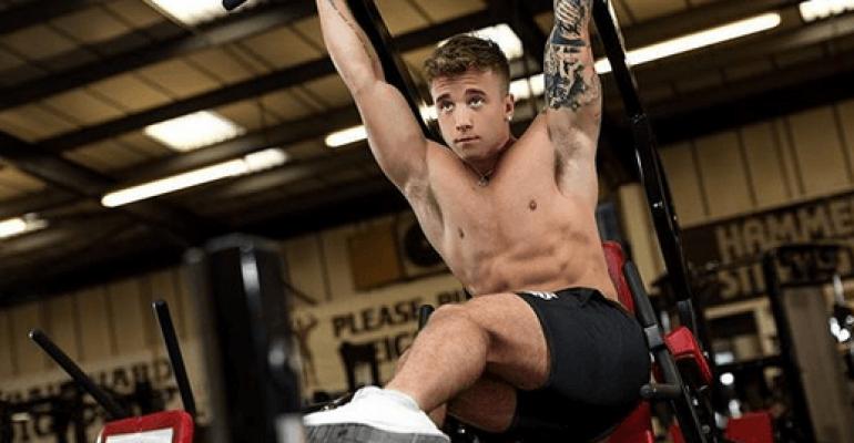 Sam Callahan, l'ex X-Factor Uk tutto nudo su Instagram