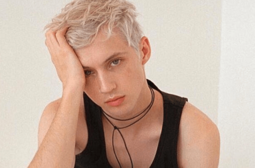 "Troye Sivan acustico con ""My My My"", il video"