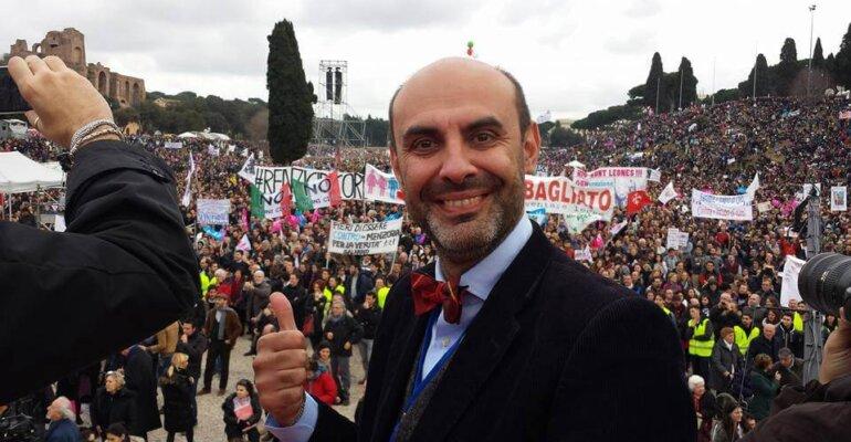 Simone Pillon, il neo senatore leghista minaccia le unioni civili: 'le abrogheremo'