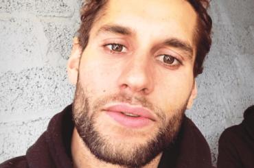 Franco Noriega show su Instagram, le foto in mutande