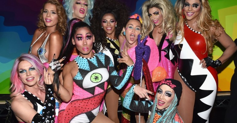 Miley Cyrus spoilera la vincitrice di RuPaul's Drag Race: All-Stars 3 ed è delirio social