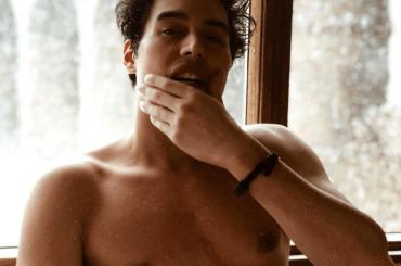 Cristiano Caccamo gnocco Instagram, la foto dalla SPA