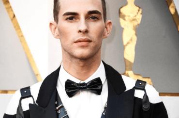 Adam Rippon ce l'ha fatta: selfie da Oscar con Shawn Mendes – foto