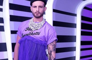 Nico Tortorella DIVA alle première di RuPaul's Drag Race 10 – le foto social
