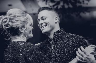Colton Haynes  piange la morte della mamma: 'ti amerò per sempre' – foto
