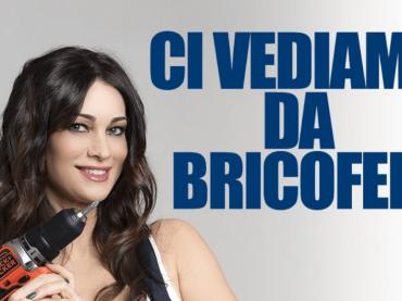 Manuela Arcuri 'trapanatrice' per Bricofer, foto