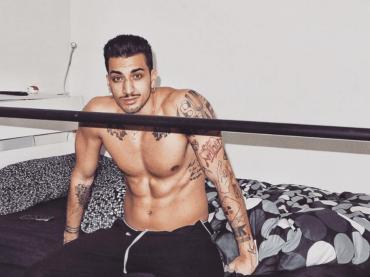 Raimondo Sacchetta, il fratello gnocco (e coreografo) di Marcello: le foto sexy da Instagram (con scommessa)