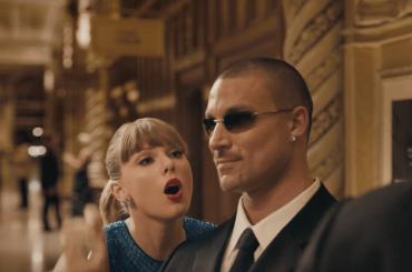 Delicate di Taylor Swift, c'è anche l'ex pornodivo gay Kevin Falk nel video