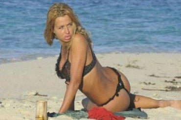 Isola, arriva Valeria Marini – è ufficiale