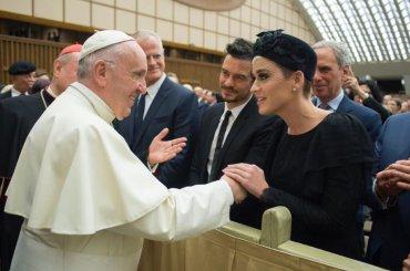 Katy Perry a Roma incontra PAPA Francesco (con Orlando Bloom) – foto