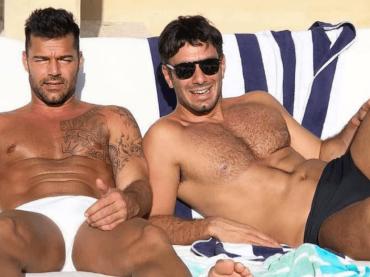 Ricky Martin e Jwan Yosef, la foto social per i feticisti