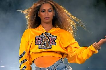 Beyoncé, epica reunion con le Destiny's Child al Coachella 2018 – i video