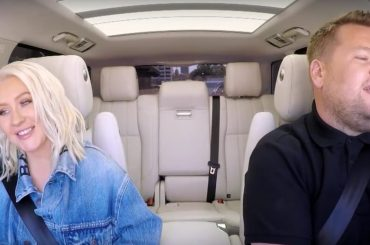 "Christina Aguilera canta ""Fall in Line"" al Carpool Karaoke – video"