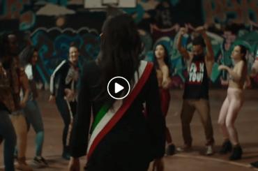 Gay Village 2018, la sigla ufficiale (con una finta Virginia Raggi) – video
