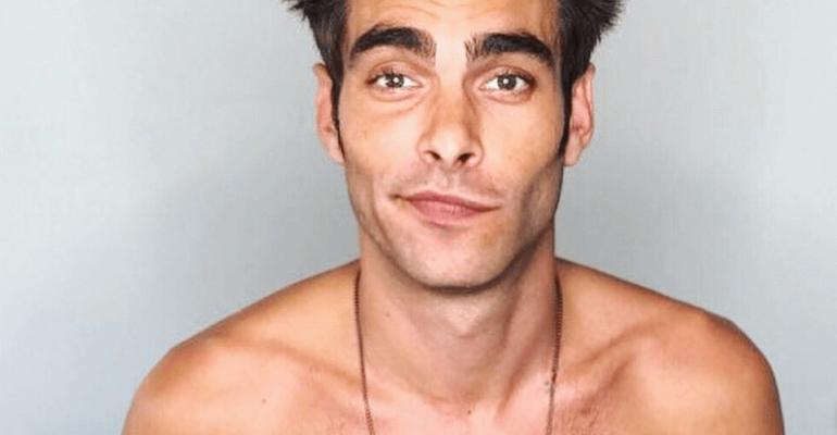 Jon Kortajarena ancora nudo su Instagram, la foto