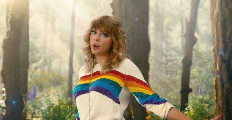 Taylor Swift da record, suo il tour femminile dai maggiori incassi negli USA