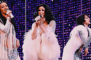 The Cher Show, il finale del musical con BELIEVE – video
