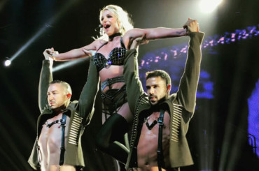 "Fan grida ""Who is it?"" e la Spears ride:  ""It's Britney, bitch"" – il video virale"