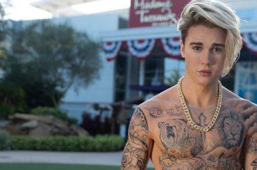 Justin Bieber, la nuova statua del Madame Tussauds l'ha trasformato in una galeotta lesbica di OITNB