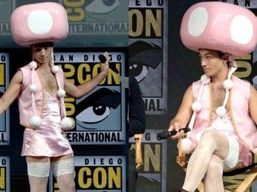 Ezra Miller al Comic-Con vestido da Toadette di Super Mario – foto