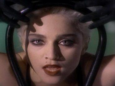 60 anni di Madonna, un capolavoro al giorno: ricordiamo Open Your Heart e Papa Don't Preach