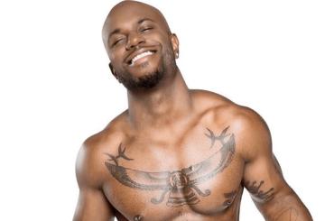 Milan Christopher, l'hip-hop star gay ha creato un dildo identico al suo uccello (e un fleshjack)